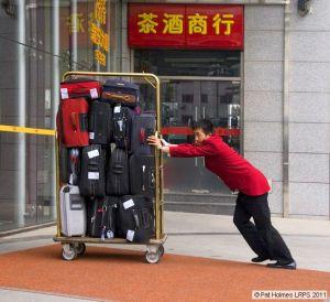 02 hotel porter_std